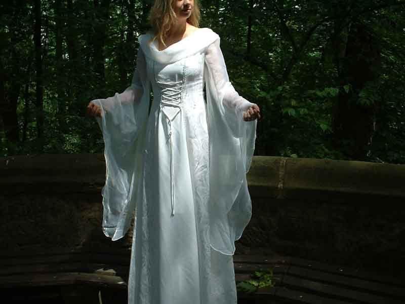 robes médiévales ou elfiques